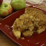apple-crumb-topped-pie-mann-orchards