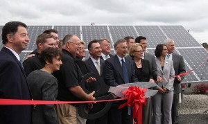 mann-orchards-solar-energy-ribbon-cutting
